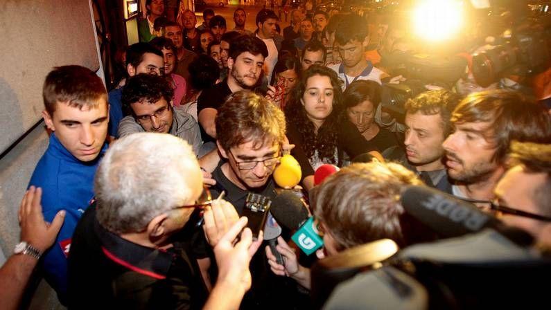 Foto vestuario.Siro López, segundo por la derecha, con el equipo de Mediaet