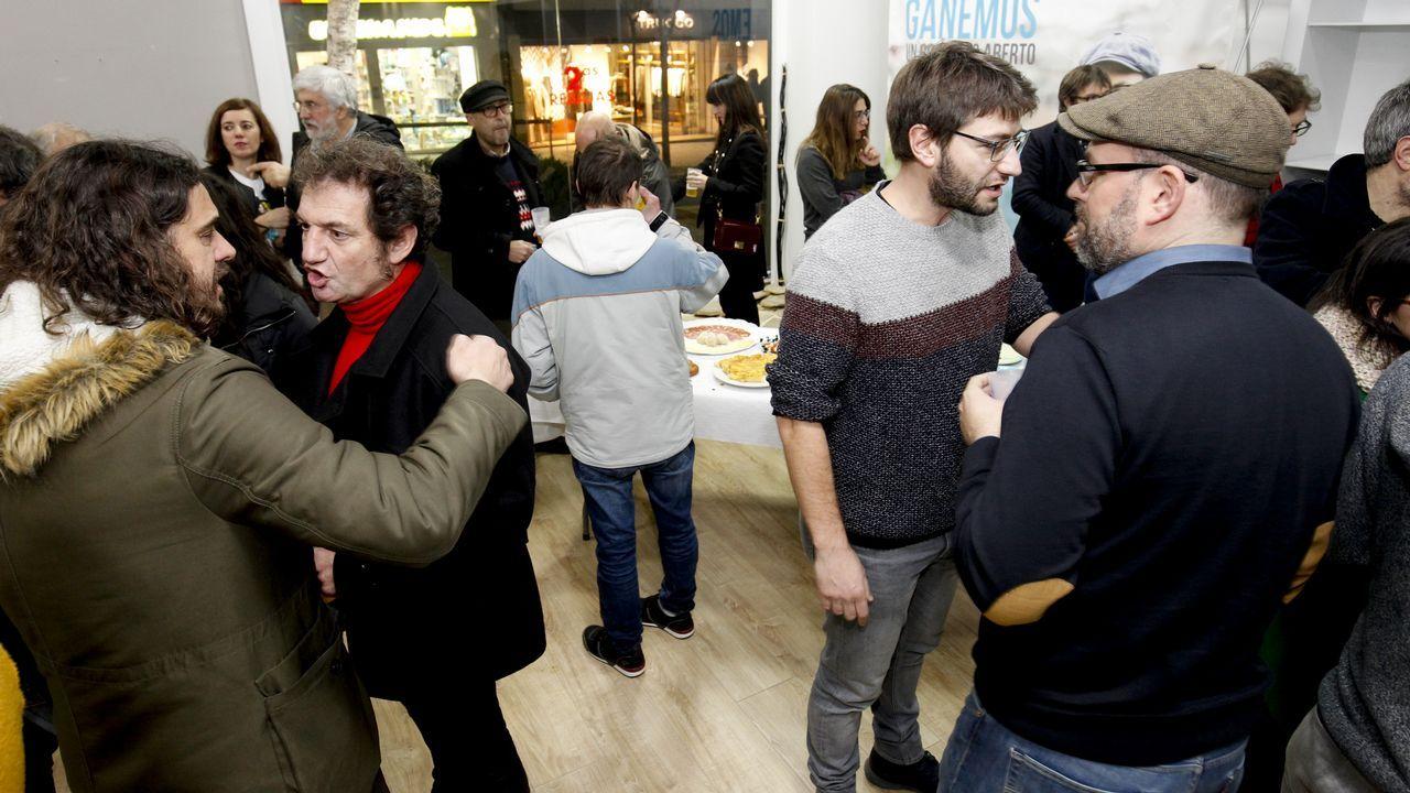 ferreiro delso.Inauguración del local de Compostela Aberta, esta semana en Santiago, evidenciando el divorcio con En Marea, organización con la que compartían espacio físico en la capital gallega.