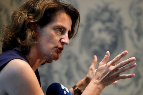 ¿Por qué cierra Alcoa en A Coruña dejando sin empleo a casi 400 trabajadores?.Teresa Ribera