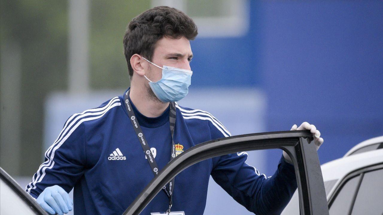 Borja Sanchez Real Oviedo Requexon coronavirus.Borja Sánchez, a su llegada al entrenamiento en El Requexón