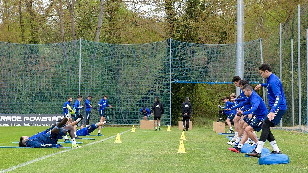 Cuco Ziganda Requexon entrenamiento.Los jugadores del Oviedo, en El Requexón