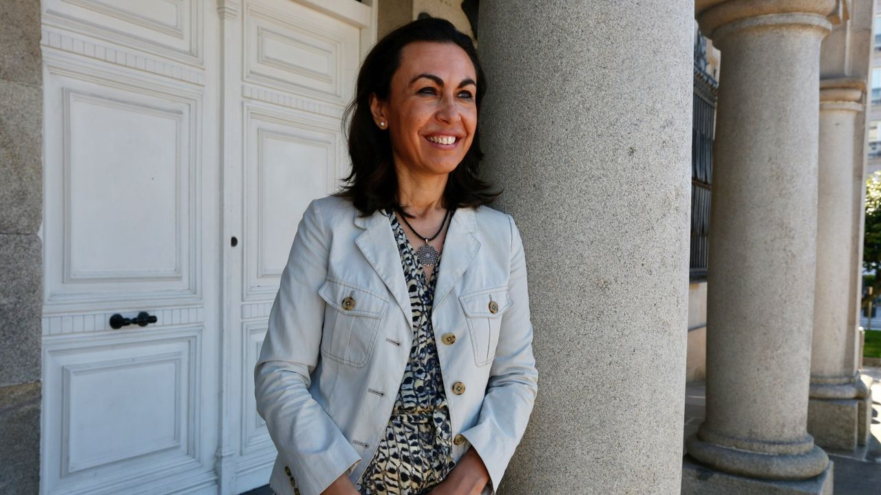 La alcaldesa de Marín, al Congreso. María Ramallo (Marín, 1970) fue la sorpresa de última hora de la lista del PP por Pontevedra. Sus éxitos electorales en Marín, donde es alcaldesa desde el 2011, le sirvieron como aval para reemplazar a Ana Pastor y regresar así al Congreso, donde ya estuvo entre el 2009 y el 2011