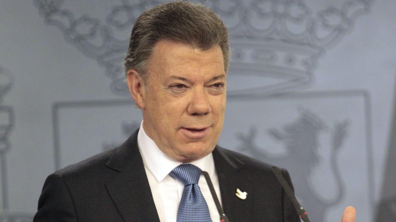 Juan Manuel Santos sucedió a Uribe en la presidencia, en el 2010