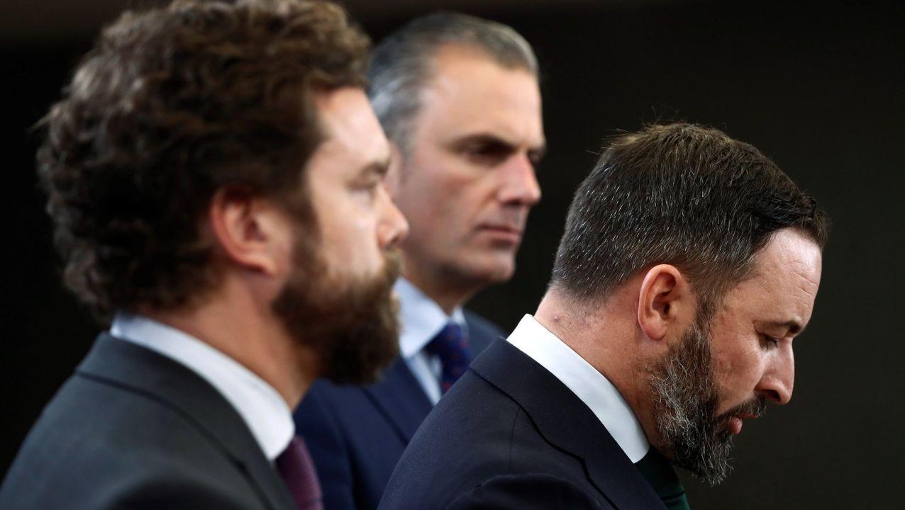 El temporal en Galicia.El expresidente Puigdemont huyó de España al conocer la posibilidad de ser sometido a un proceso penal