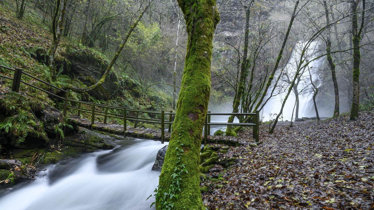 Así será la primera playa fluvial de O Courel.La cascada de Vieiros es uno de los lugares más visitados del geoparque