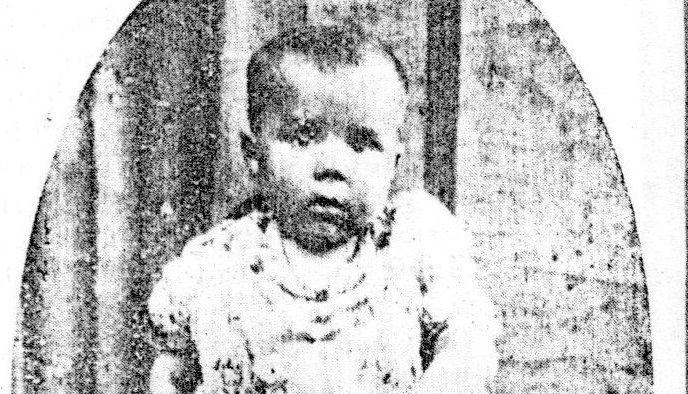 Fotografía del pequeño vimiancés Manuel Caamaño Gándara publicada en la revista «Alborada», acompañada de algunos datos biográficos.