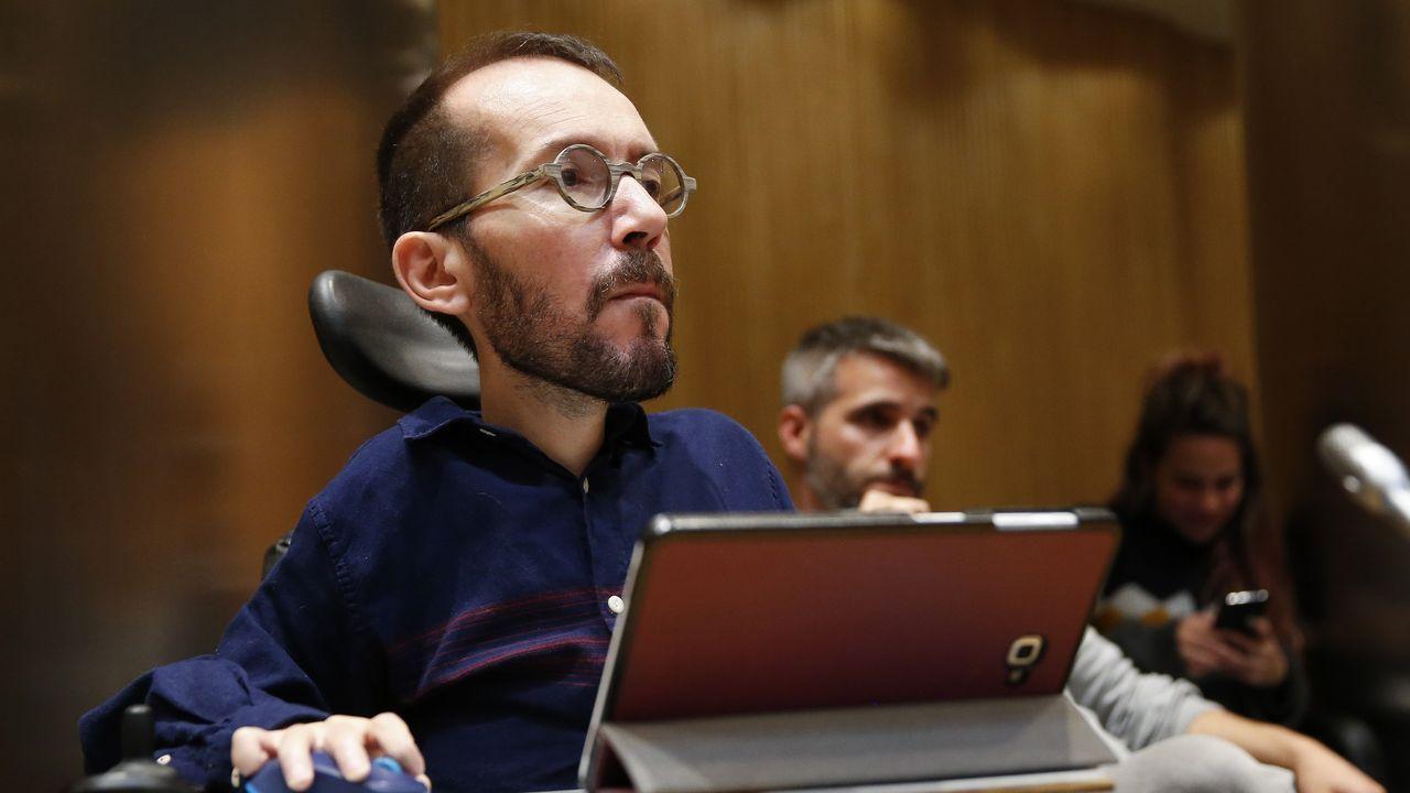 Sede del PP en la calle Génova de Madrid.El portavoz de Unidas Podemos, Pablo Echenique, este miércoles en el Congreso.
