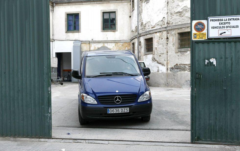 La jueza llevó una furgoneta al registro que hizo en junio de 2009 en la sede de la Policía Local.