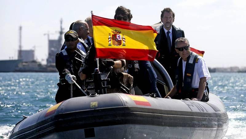 Rajoy pasa la Navidad en casa de su suegra.La organización del congreso rebautizó al presidente del Gobierno como Mariano «Rayor»
