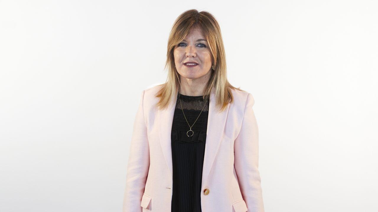 Cristina Sanz Arias, número 3 del PP por Lugo. (Lugo, 1970). Licenciada en Economía por la Universidad de Santiago de Compostela. Es funcionaria de la Xunta de Galicia. Actualmente es Directora Adjunta de Inversión en IGAPE en Lugo.