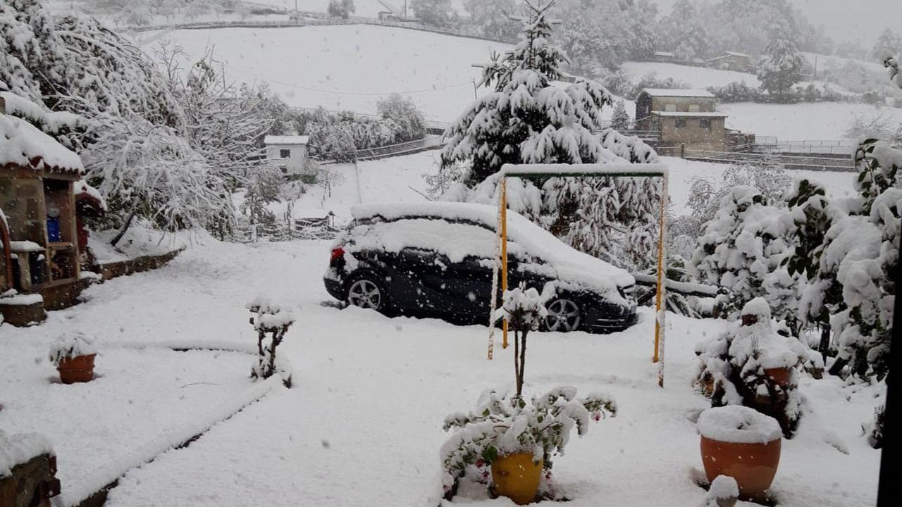 La nieve cubre Laviana