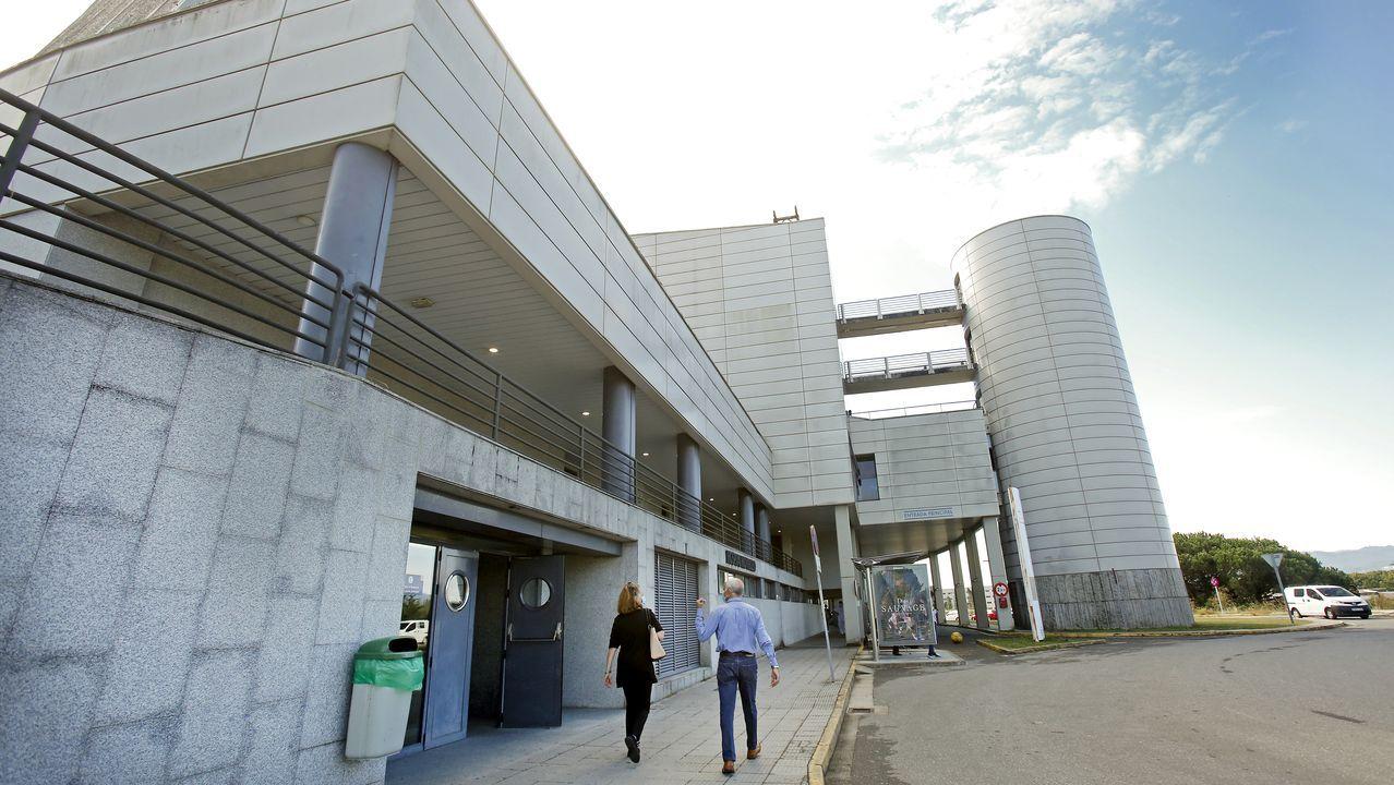 En el Hospital Montecelo, en Pontevedra, hay 11 pacientes covid en planta y 7 en la uci