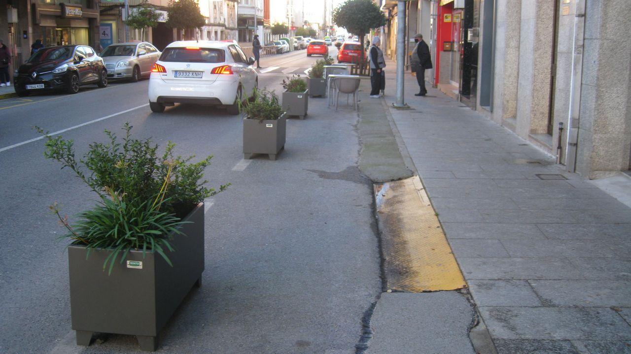 Imagen de la rúa da Pravia tras entrar Vilalba en máxima restricción