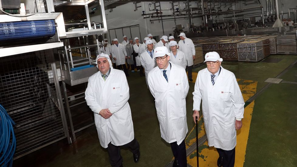 VISITA DEL PRESIDENTE DE LA XUNTA, ALBERTO NÚÑEZ FEIJOO, A la conservera JEALSA