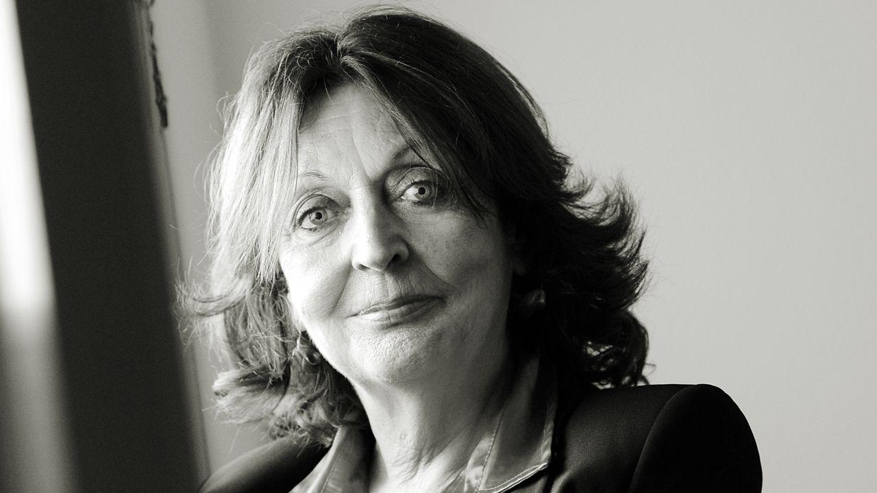 Cristina Fernández Cubas.El poeta catalán Joan Margarit, hace unos días, en la sede del Instituto Cervantes, donde depositó un legado en la Caja de las Letras