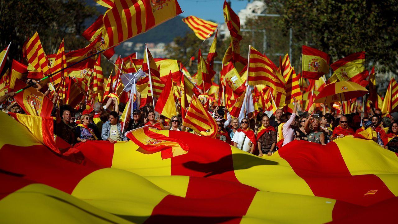 Barcelona acoge una gran marcha unionista.Ayllón con la vicepresidenta, en una imagen de archivo