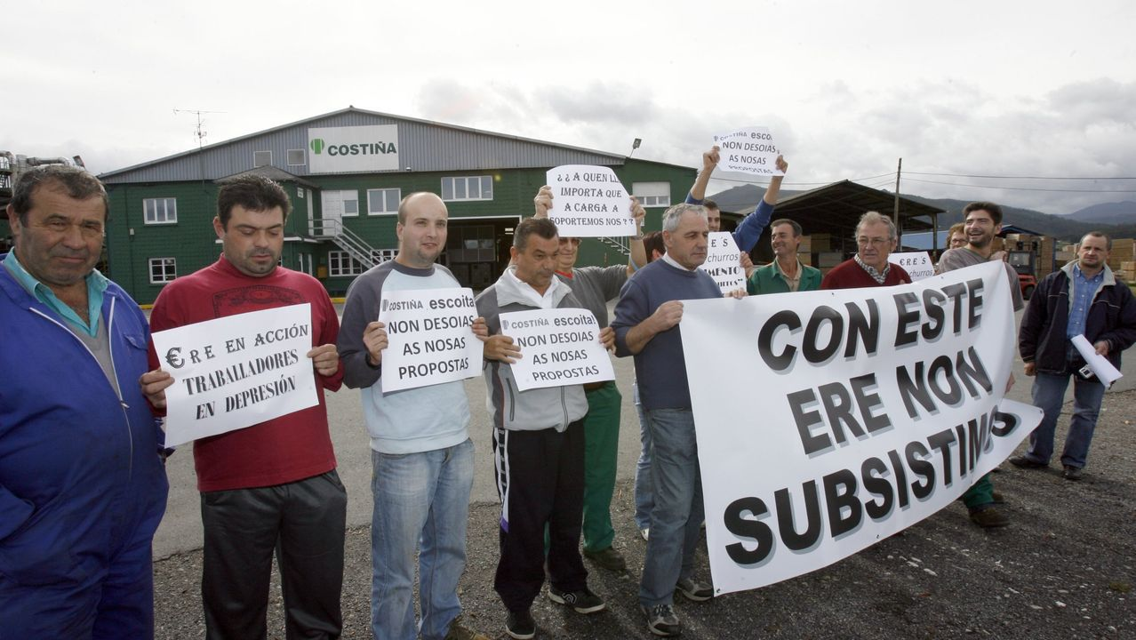 En 2009 ya los trabajadores de Maderas Costiña se habían concentrado para protestar por la aplicación de un ERE.