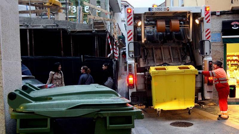 La empresa que recoge la basura en Pontevedra seguirá trabajando al menos hasta el 2017.