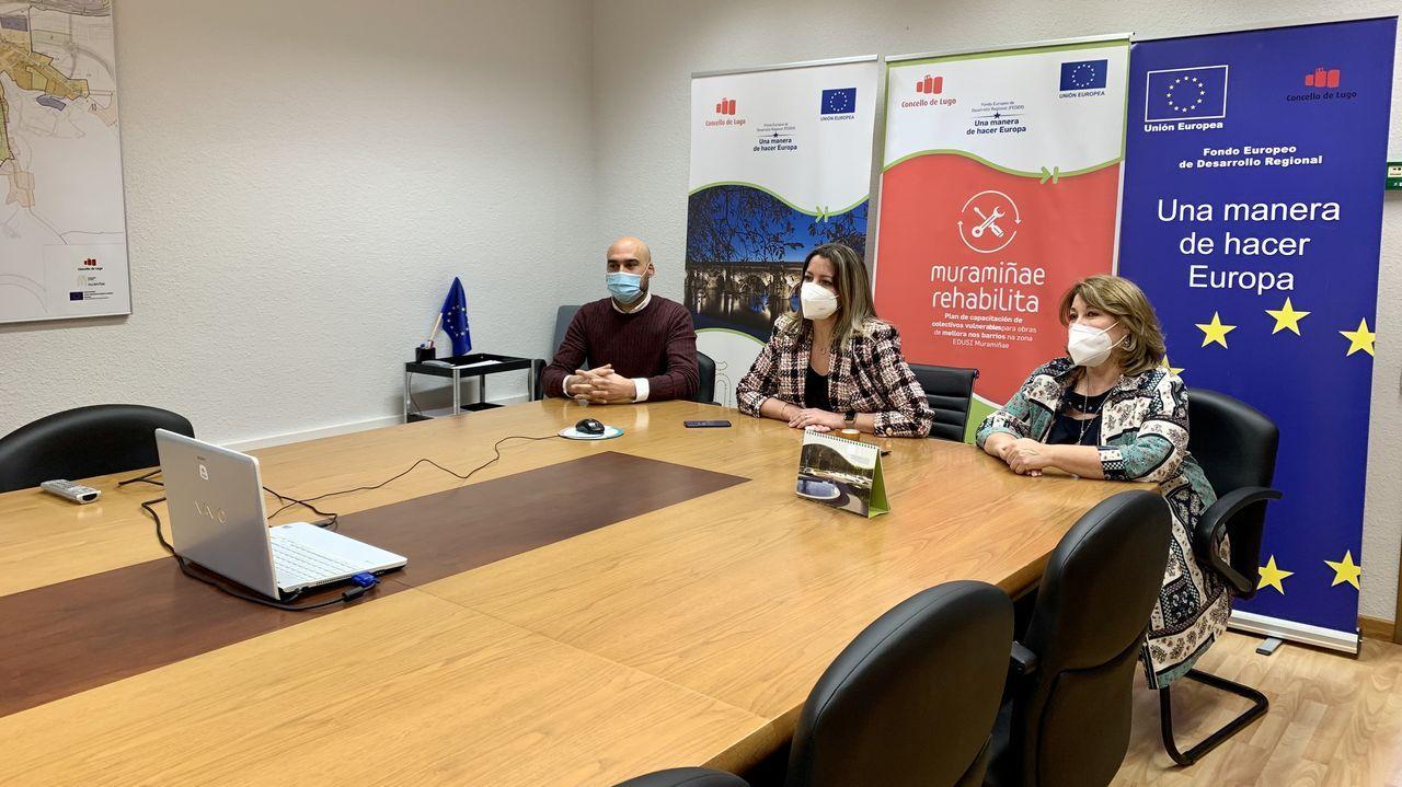 A alcaldesa mantivo unha videoconferencia cos participantes no programa