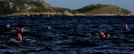 La dureza de la prueba fue más que evidente en el tramo que une las Illas Sisargas con la punta del cabo de San Adrián.