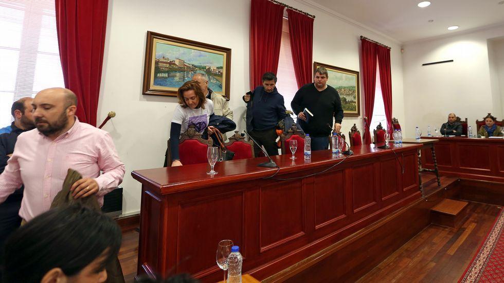 Cuatro detenciones por los vertidos de hidrocarburos en el río Acevedo.oana Magalhaes y Elena Fernández, dos de las premiadas, con Francisco Blanco, director del Inibic