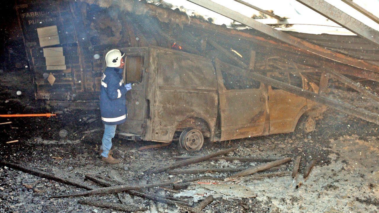 Estado en que acabó la nave en el incendio de hace 8 años