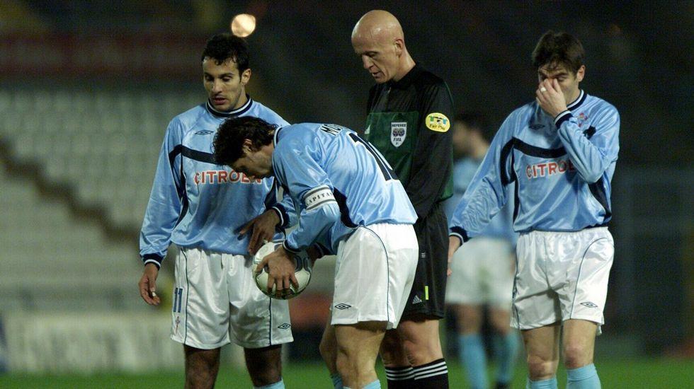 En su debut europeo, frente al Stuttgart, en febrero del 2001