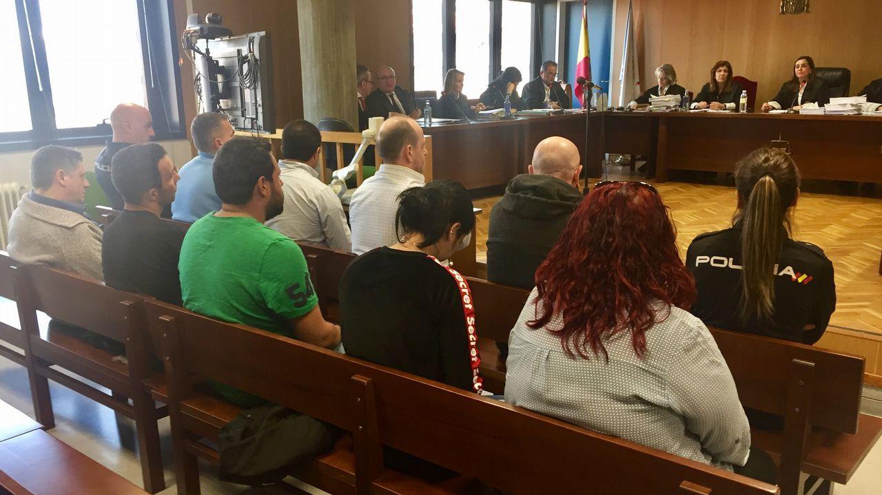 La red de trata de blancas desarticulada creó una red de pisos por todo Santiago.Sede de la Audiencia Provincial en Oviedo