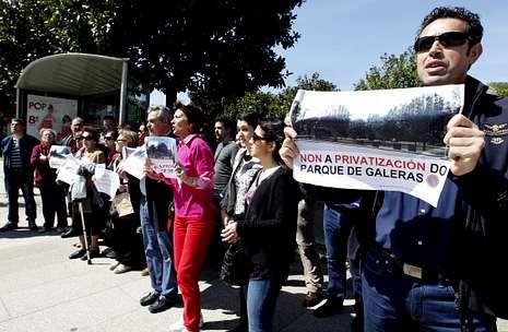 Los vecinos de Galeras realizaron numerosas concentraciones de protesta ante el vallado.