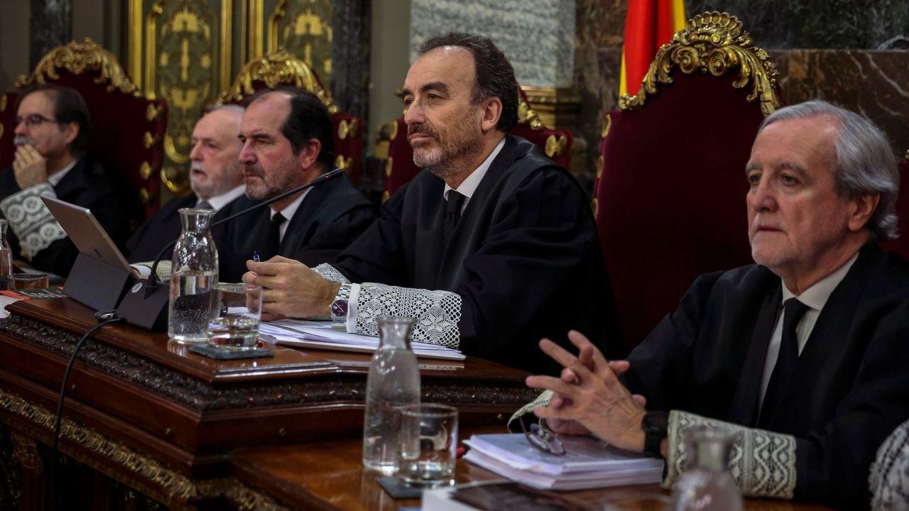 Entrada en los juzgados del supuesto asesino de la joven Ana Enjamio.Gonzalo Boye es el abogado del fugado expresidente de la Generalitat, Carles Puigdemont