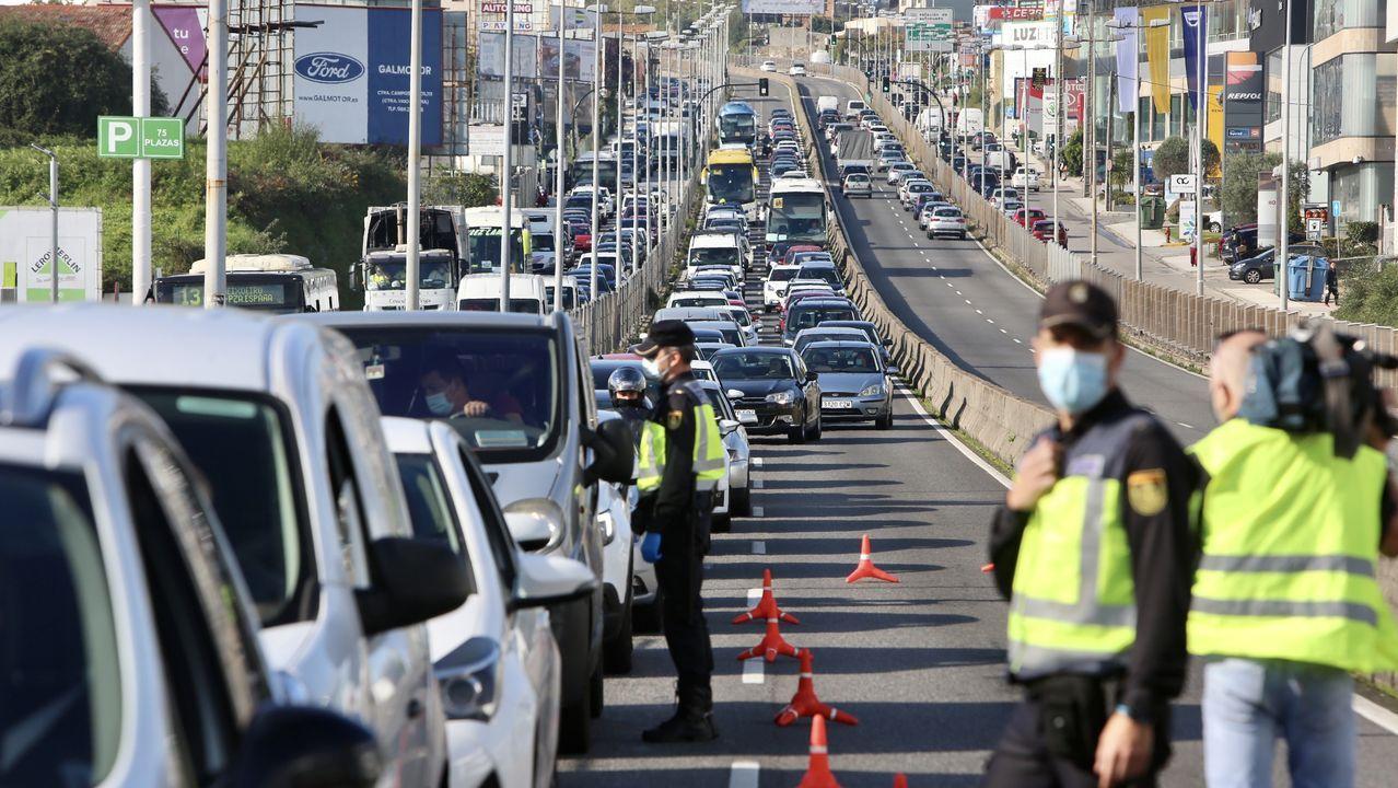 Cruce entre las calles Travesía de Vigo y Aragón