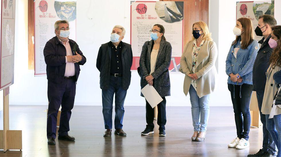 Acto de inauguración de la exposición sobre Martín de Padrozelos en Sarria.