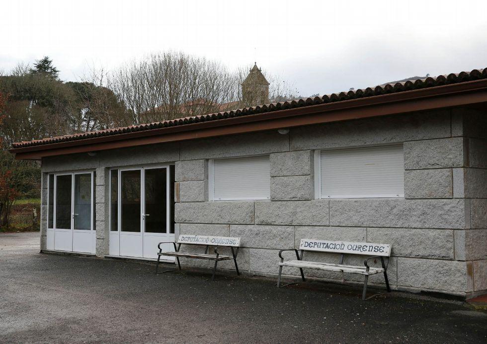 Un manto blanco cubre las montañas de Galicia.El velatorio de Melón tendrá que ser legalizado.