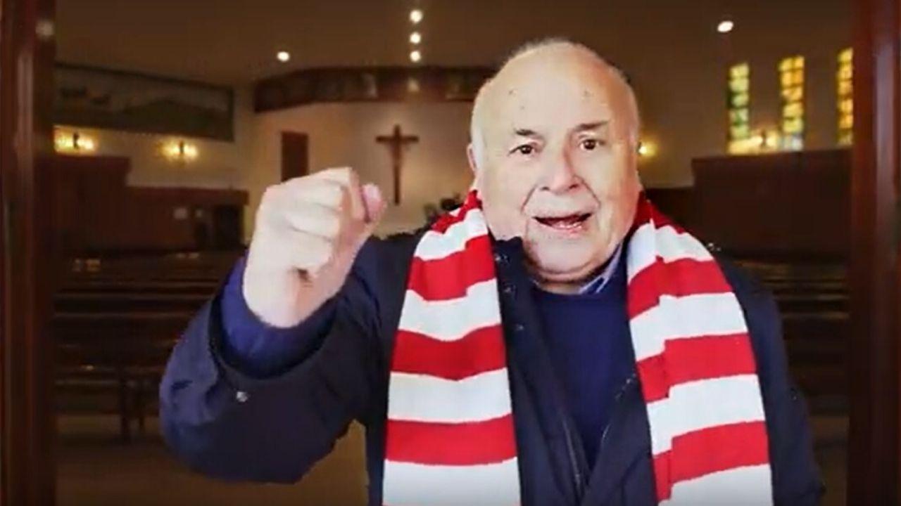 Un fotograma del vídeo de felicitación de los vecinos de El Coto