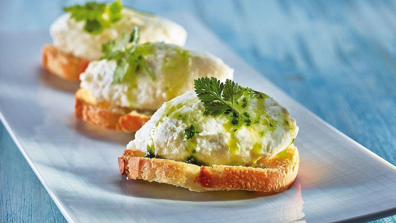 Brandada. La versión catalana para untar en pan, la podríamos calificar como una especie de ali-oli con bacalao desmigado.