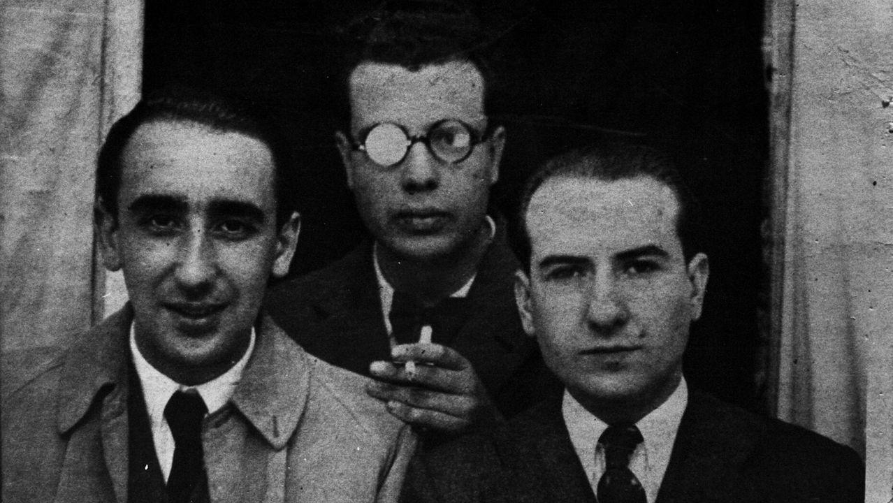 Carvalho Calero, á dereita, con Cunqueiro e Del Riego
