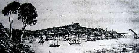 Grabado de 1858 que muestra la ciudad, con el castillo de O Castro, vista desde el monte de A Guía.