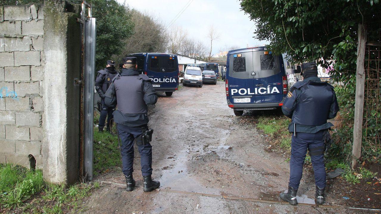 El bum del tráfico de heroína en Galicia ya dispara la demanda para desengancharse.Alijo de cocaína oculta en piñas frescas, en el puerto de Algeciras en el 2015