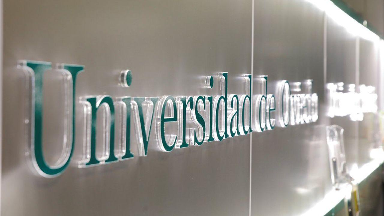 Escape en las baterias de coque de Avilés de Arcelor.Universidad de Oviedo