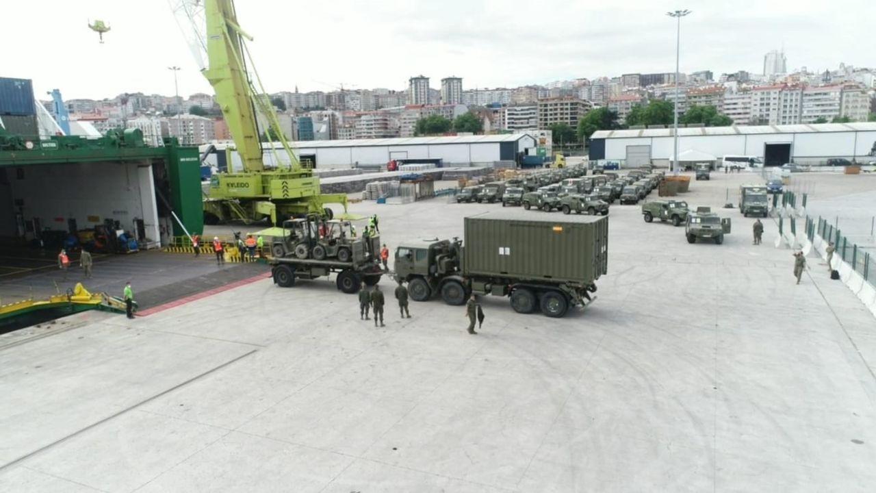 Así está siendo el inicio del despliegue de la Brilat en Rumanía.Los militares estadounidenses, a bordo de la fragata en Ferrol