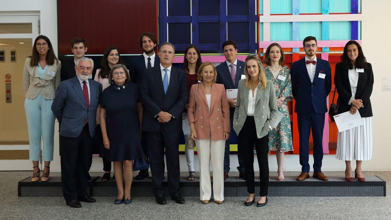 Piteas crece por la Galicia interior.Los alumnos siguen atentos lo que dice el terapeuta