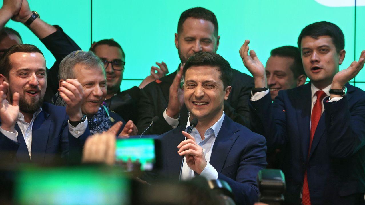 Zelenski, celebrando su victoria electoral