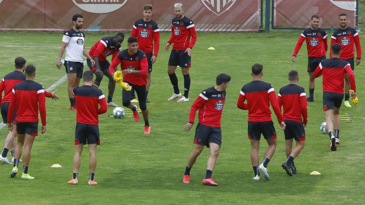 Buen ambiente en el entrenamiento de este viernes del Lugo