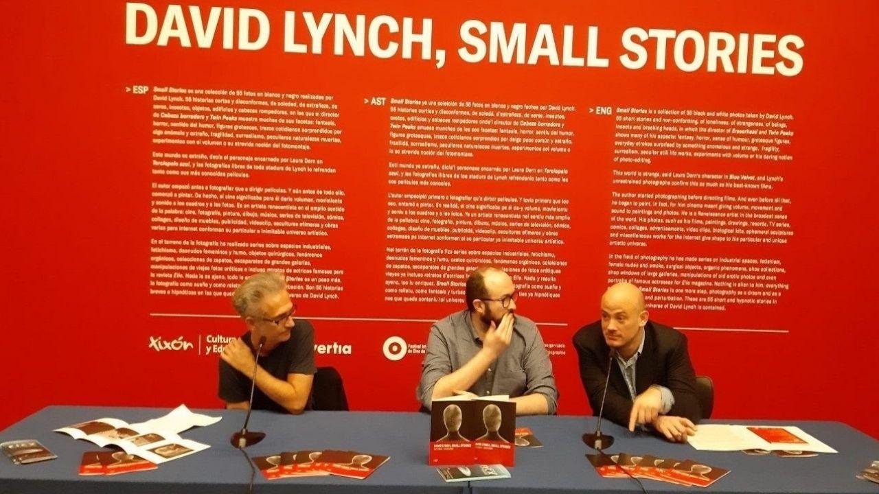 Homenaje en el pozo Funeres (Laviana).Presentación de la exposición de David Lynch, «Small Stories»