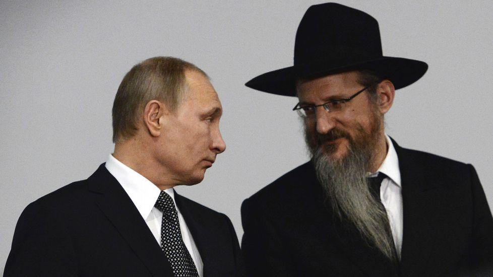 El polémico bostezo de Jesús Posada.Putin, en un acto en el museo judío de Moscú