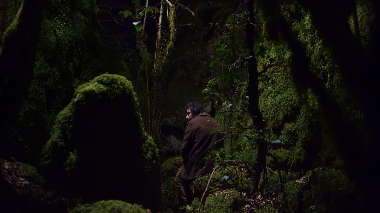 Misha Bies Golas, nun fotograma de «Longa noite»
