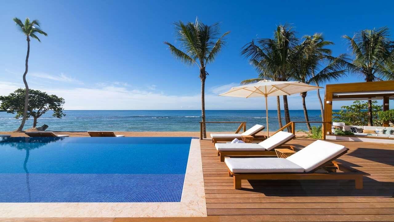 El exclusivo beach club con vistas al mar Caribe