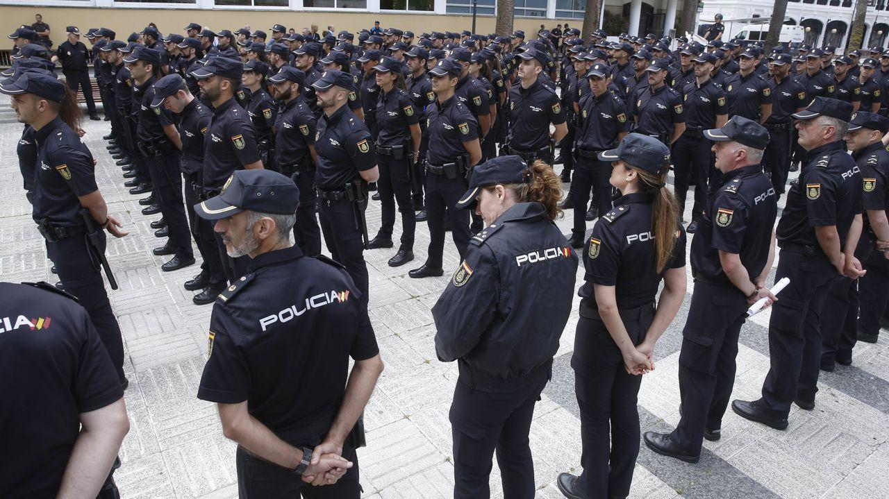 El Servicio de Medios Aéreos de la Policía se despliega en Santiago.Imagen de un televisor.