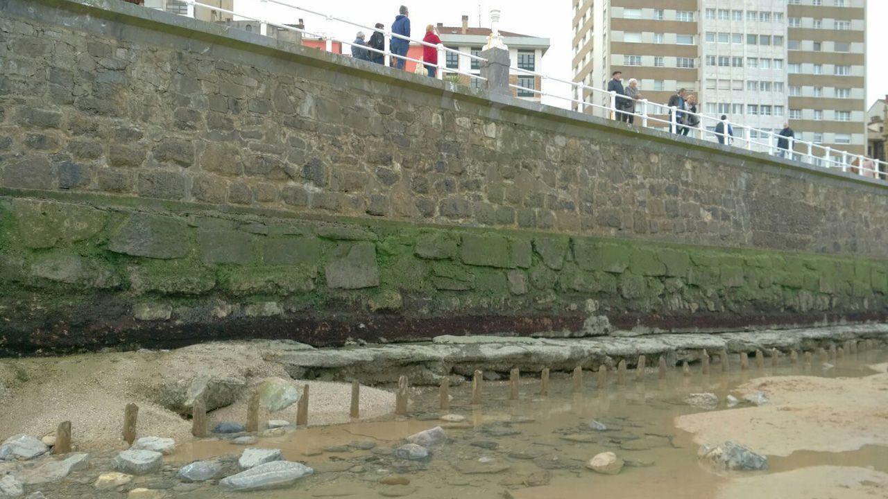 El temporal deja desnuda a la playa de San Lorenzo