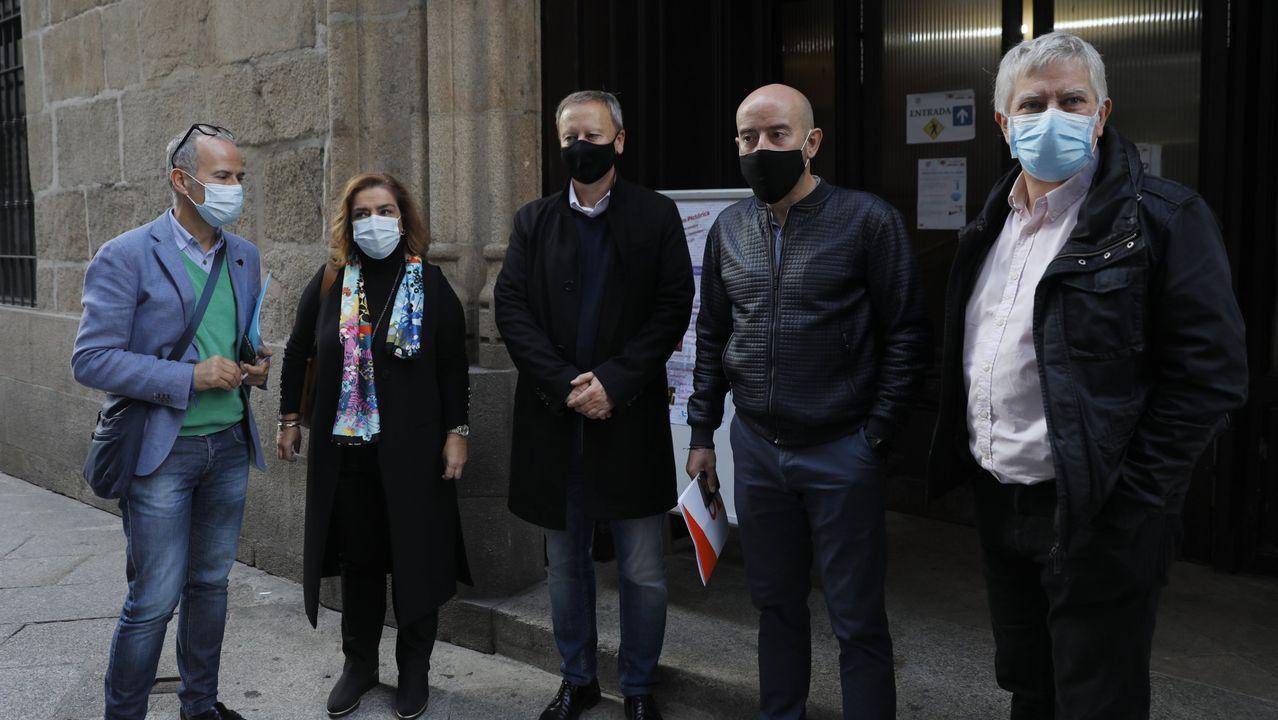 Entrevista a Ana Pontón.Jesús Vázquez explicó la oferta del PP acompañado del resto de ediles populares